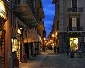 Borghetto centro storico by night